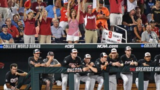 College World Series Finals: Arkansas vs. Oregon State Game 3 live updates