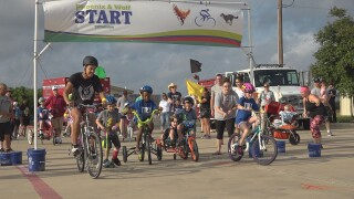 "Kids with special abilities participate in""P.R.O. TRYATHLON"" event in Killeen"