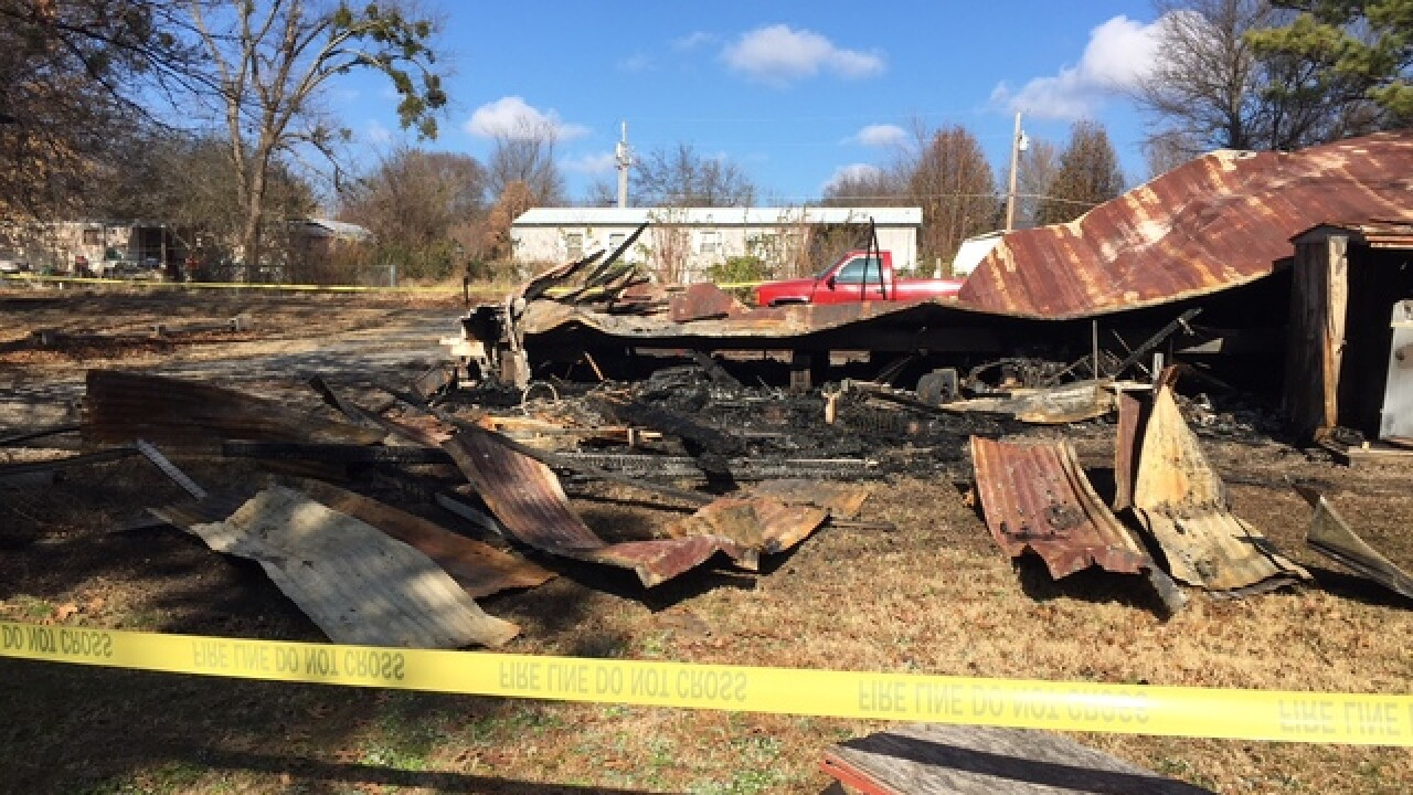Baby dies in Wagoner County mobile home fire
