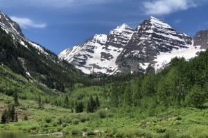 Maroon PeaK and N Maroon Peak.jpg