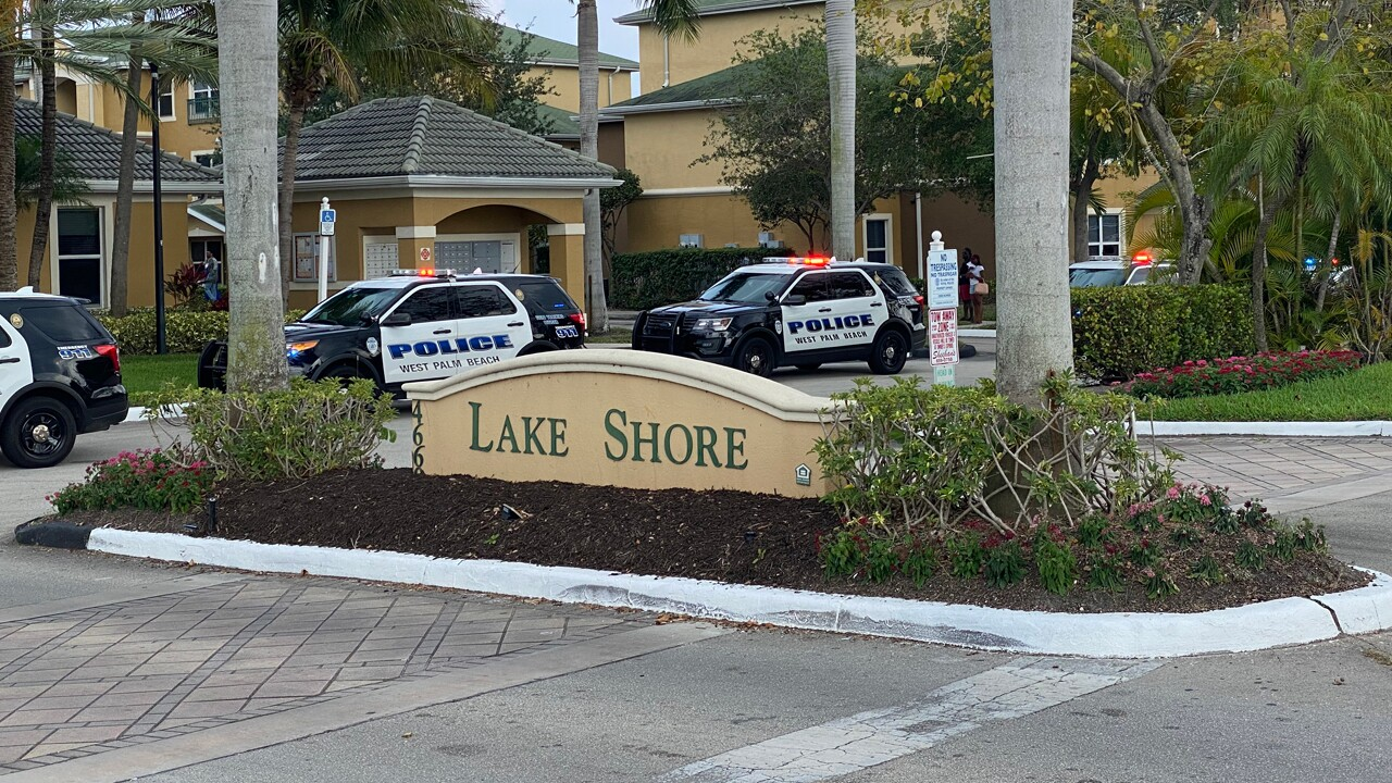wptv-lake-shore-apartment-shooting-4-15-20.jpg