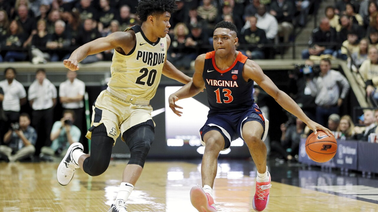 No. 5 Virginia men's hoops falls to Purdue in Big 10/ACC Challenge, suffers first loss of season