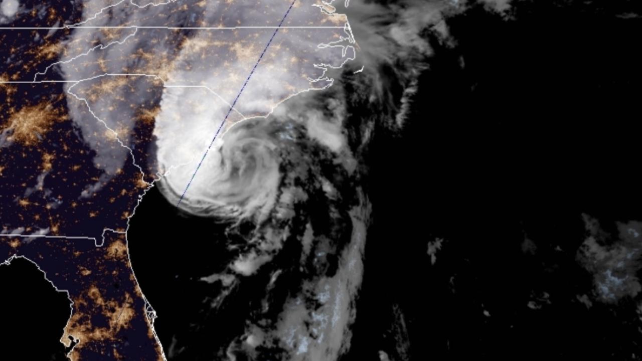 Isaias strengthens into a hurricane, pounds the Carolinas