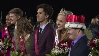 This Homecoming coronation will make you smile: 'Everybody loves him'