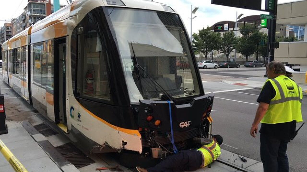 How do you fix a broken streetcar?