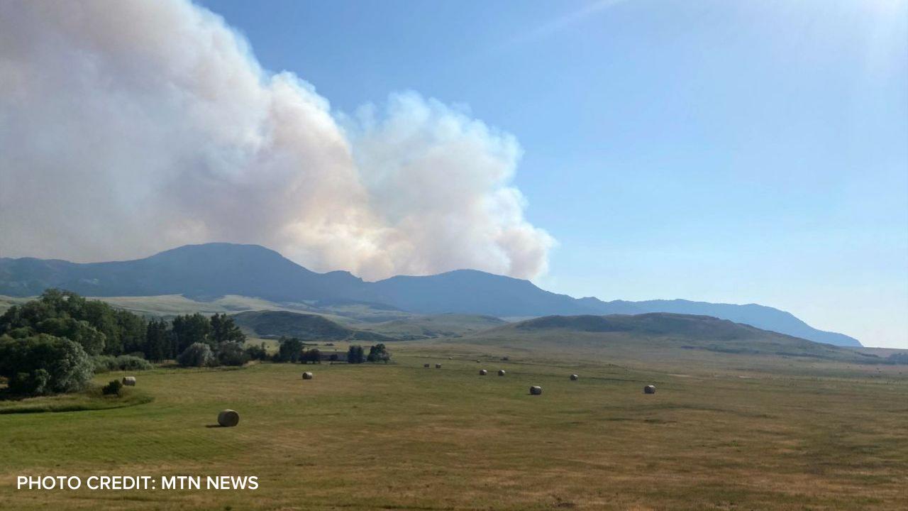 Harris Fire burning south of Cascade