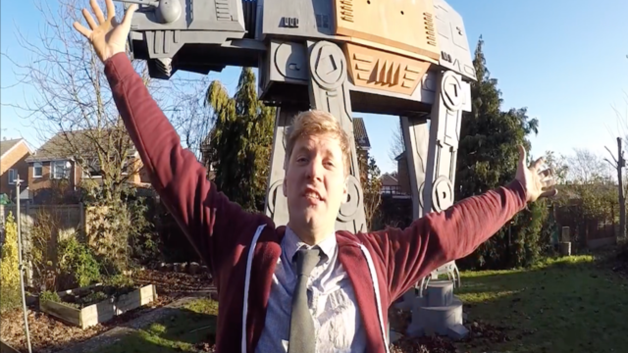Dad builds ultimate 'Star Wars' playhouse for son