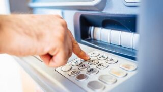The truth about overdraft fees... and save money