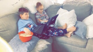children snacking during remote learning