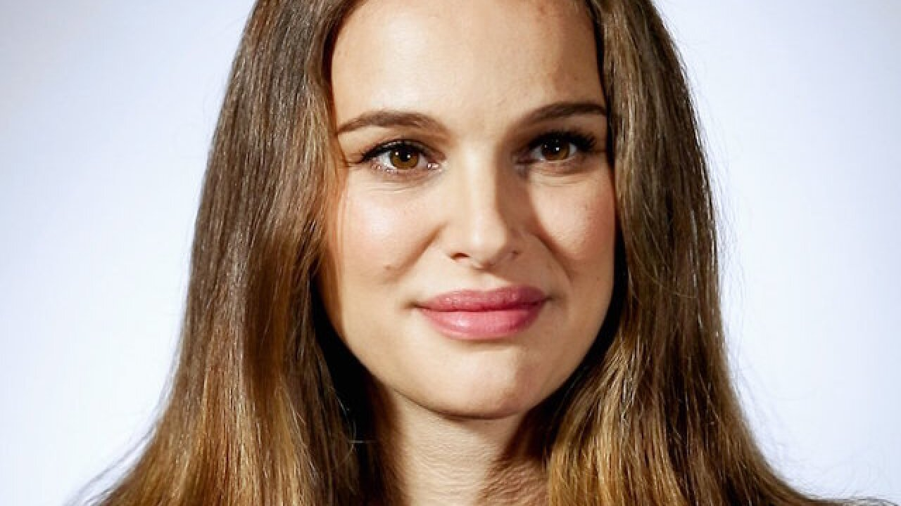Natalie Portman cancels Israel trip for award, citing 'distressing' events