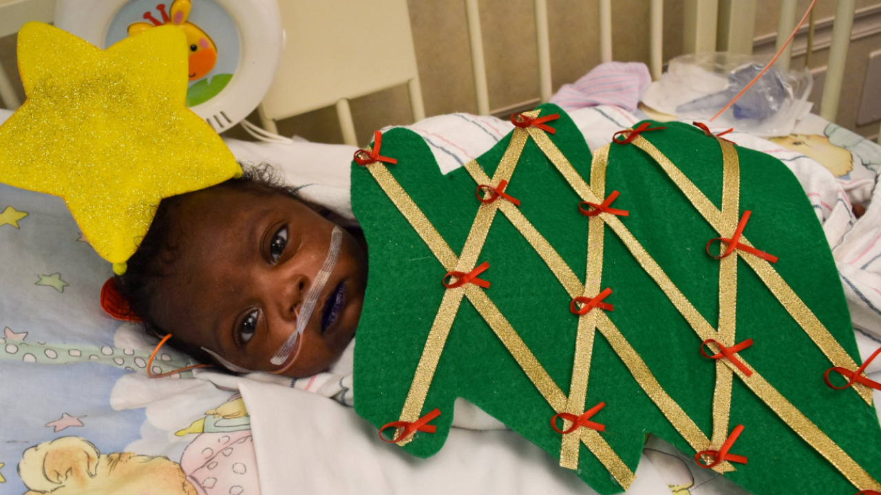 Babies in Florida hospital's NICU all dressed up for the holidays