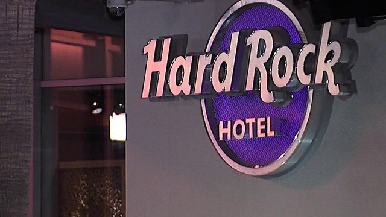 Flooding at Hard Rock Hotel forces guests out of rooms