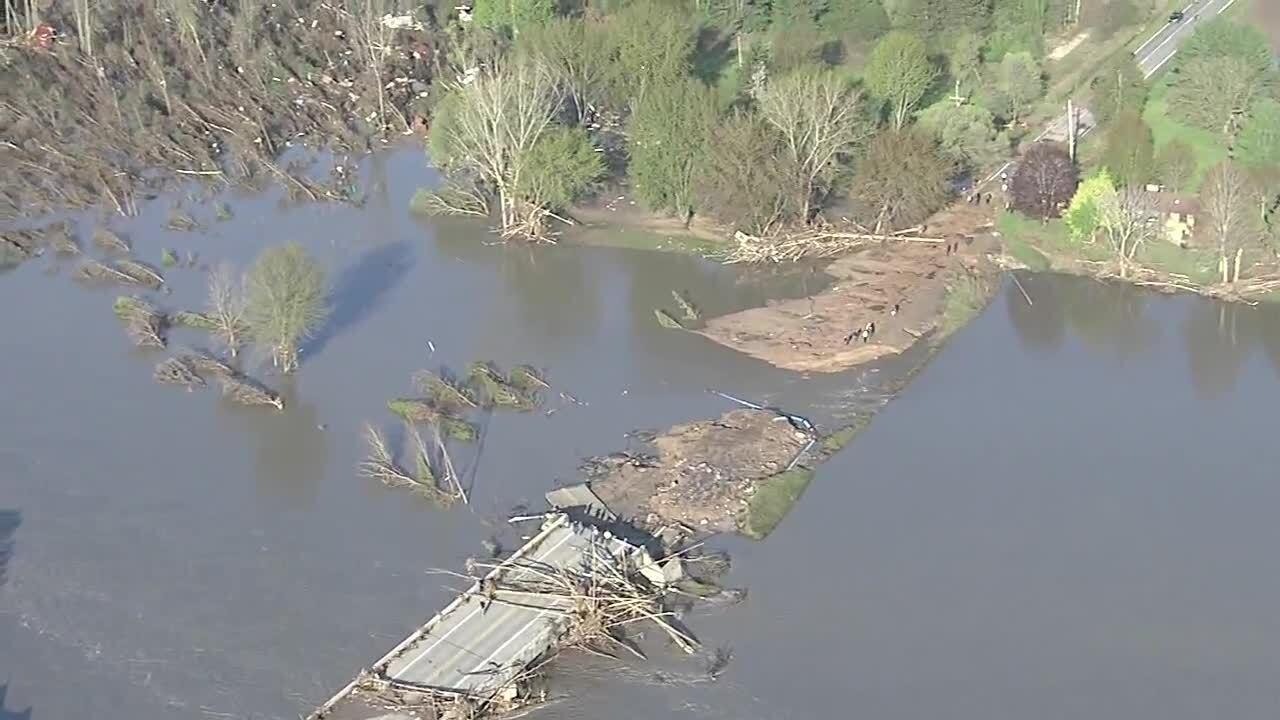 Edenville Dam flooding_12.jpg
