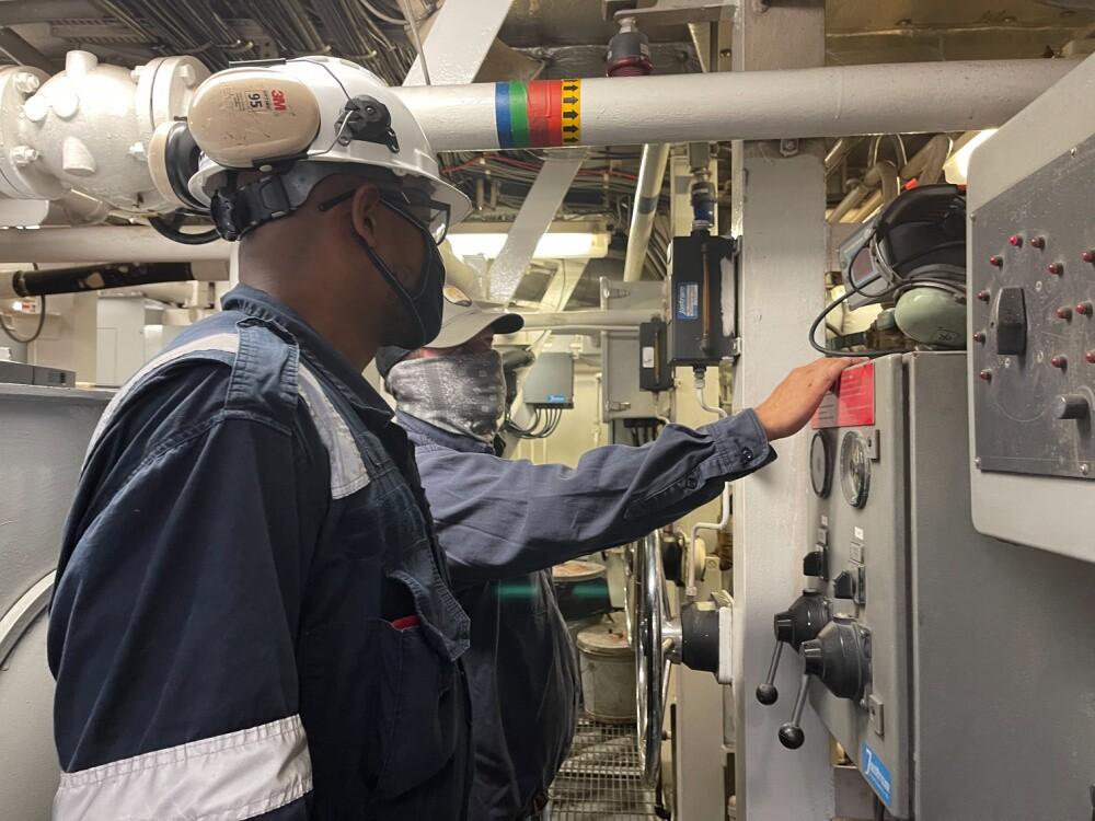US Coast Guard inspects SEACOR Eagle after SEACOR Power response 8.jpg