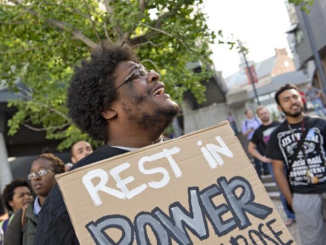 'Justice for DuBose' chants greet FC Cincinnati fans outside Nippert Stadium