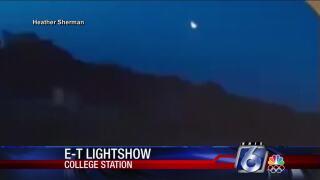 Meteor streaks across Texas sky Sunday night