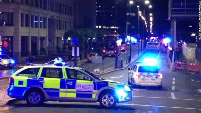 Photos: Police arrest 3 more in London Bridge attackinvestigation