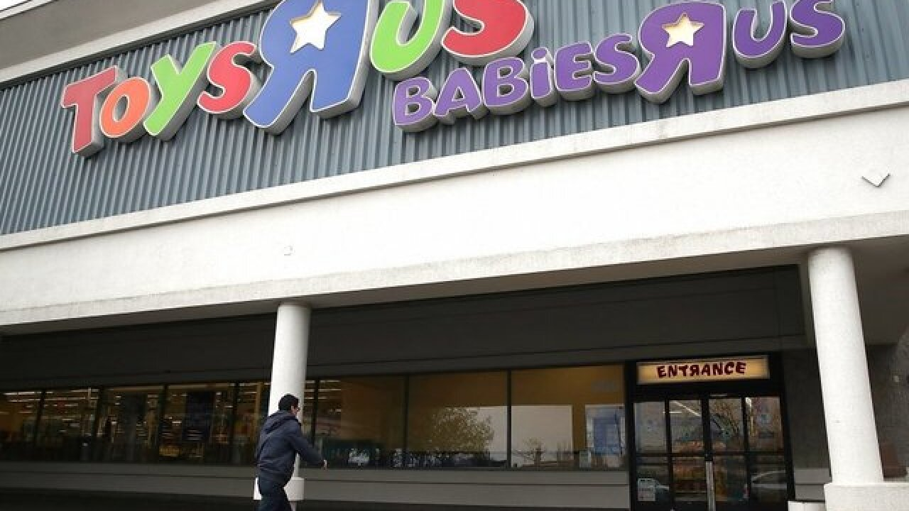 "No need to grow up, you can still be a ""Toys 'R' Us Kid"" in Canada"