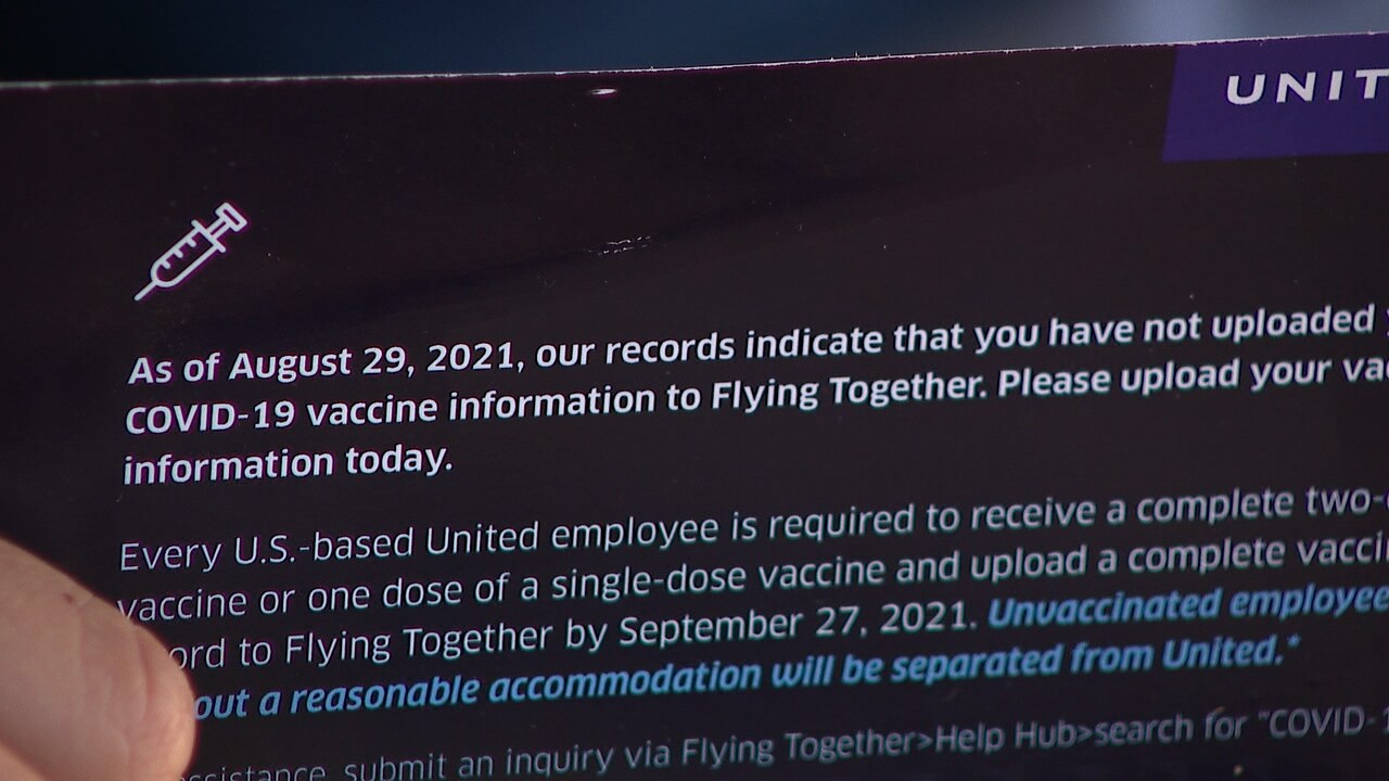 United Airlines vaccination mailer