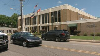 Lafayette City Marshal concerned about city courthouse security