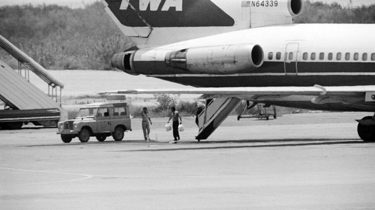 Greek police arrest 1985 TWA aircraft hijacking suspect