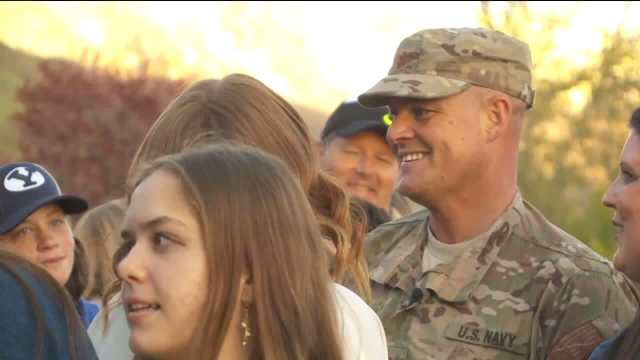 Community throws special homecoming for Pleasant Grove Naval officer