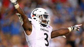 Undefeated Cincinnati Bearcats crack Top 25 in both major college football polls