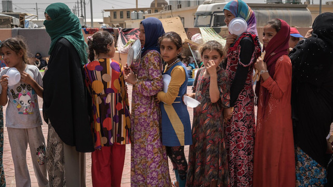 100,000 civilians displaced by Iraq battle preparations, UN says