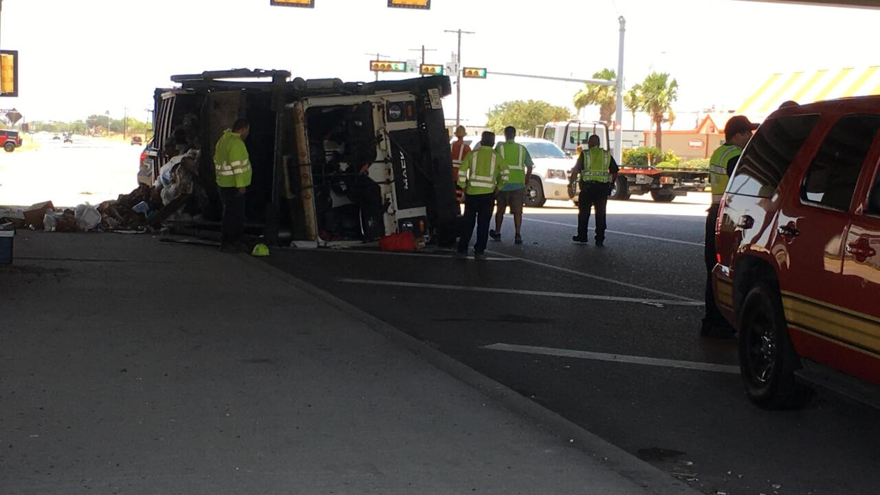 Dump truck rollover720.jpg