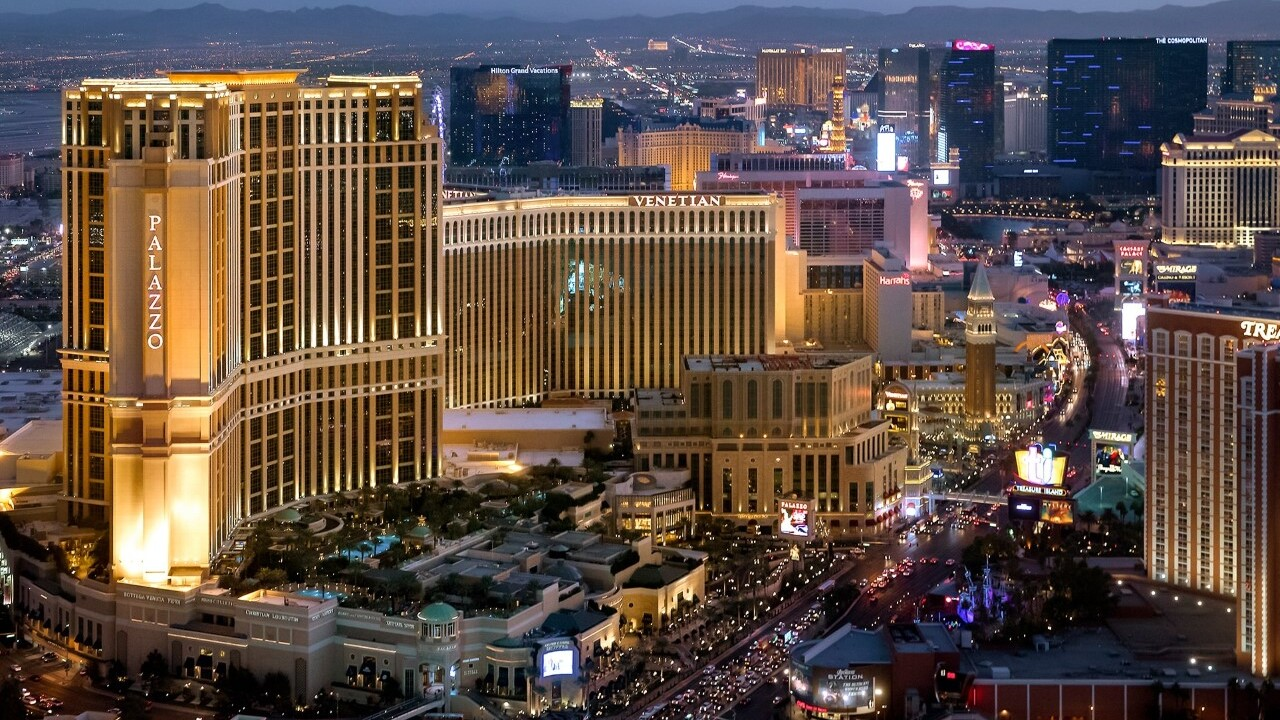 Las Vegas Sands to pay employees amid Venetian, Palazzo closures