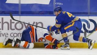 Islanders shut down Sabres in third period