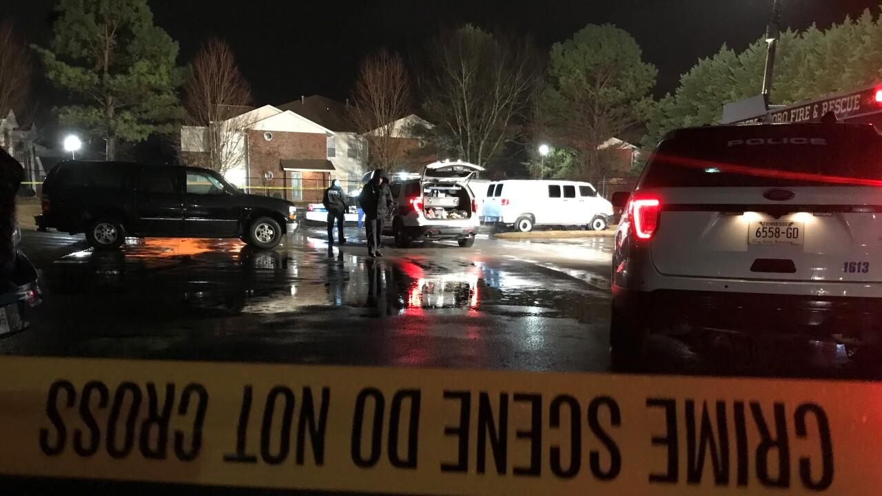 Teen killed in Murfreesboro apartment complex shooting