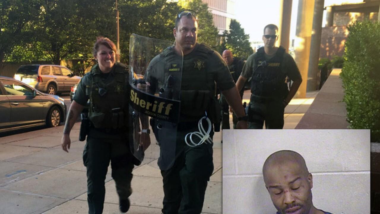 Law enforcement agencies search Jackson Co. Jail