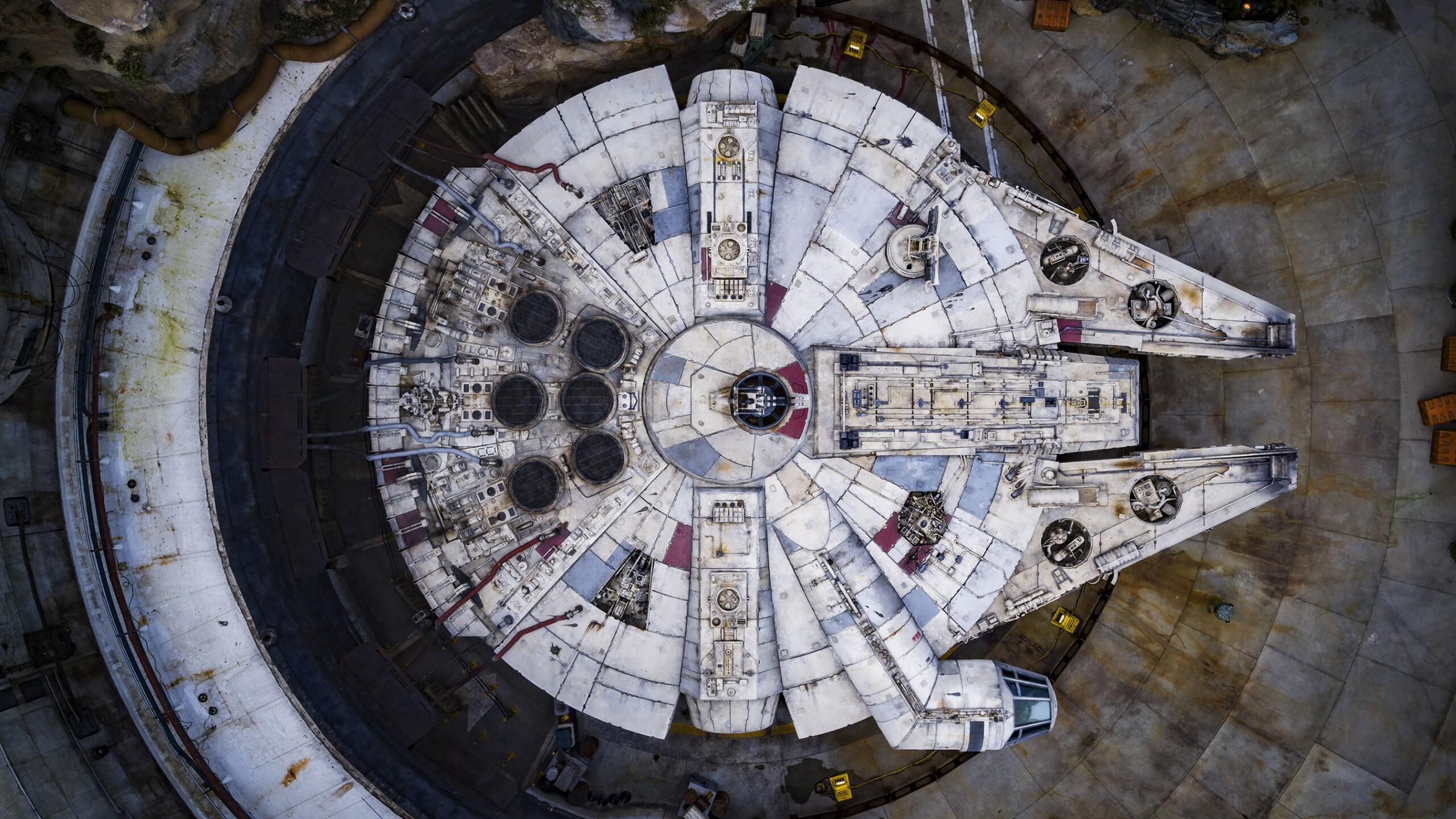 Millennium Falcon: Smugglers Run in Star Wars: Galaxy's Edge