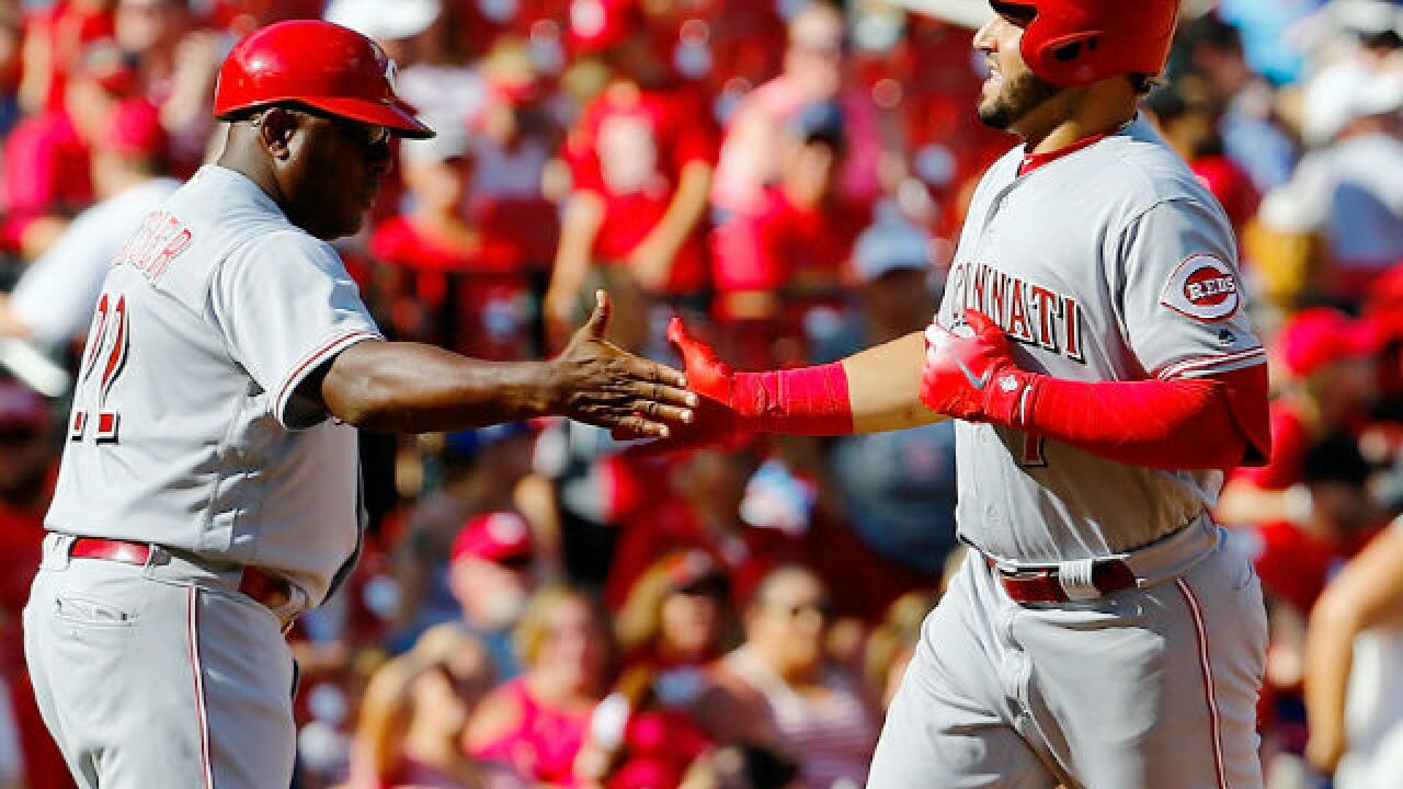 Eugenio Suarez reaches 100 RBI, beats Cardinals with 10th-inning homer