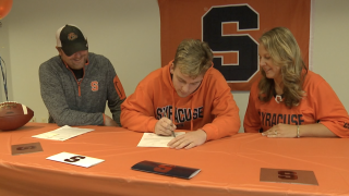 Byron Center's Austin Roon signs with Syracuse