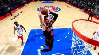 Zach LaVine's 33 helps Bulls outlast short-handed Pistons