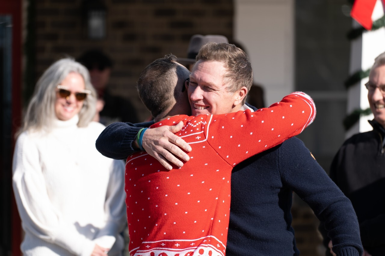 Photos: Country singer Craig Morgan surprises Tennessee veteran with mortgage-freehome