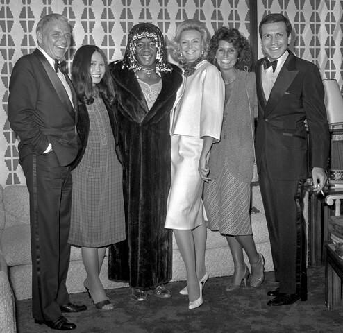 PHOTOS: Frank Sinatra's wife, Barbara, dies at age 90