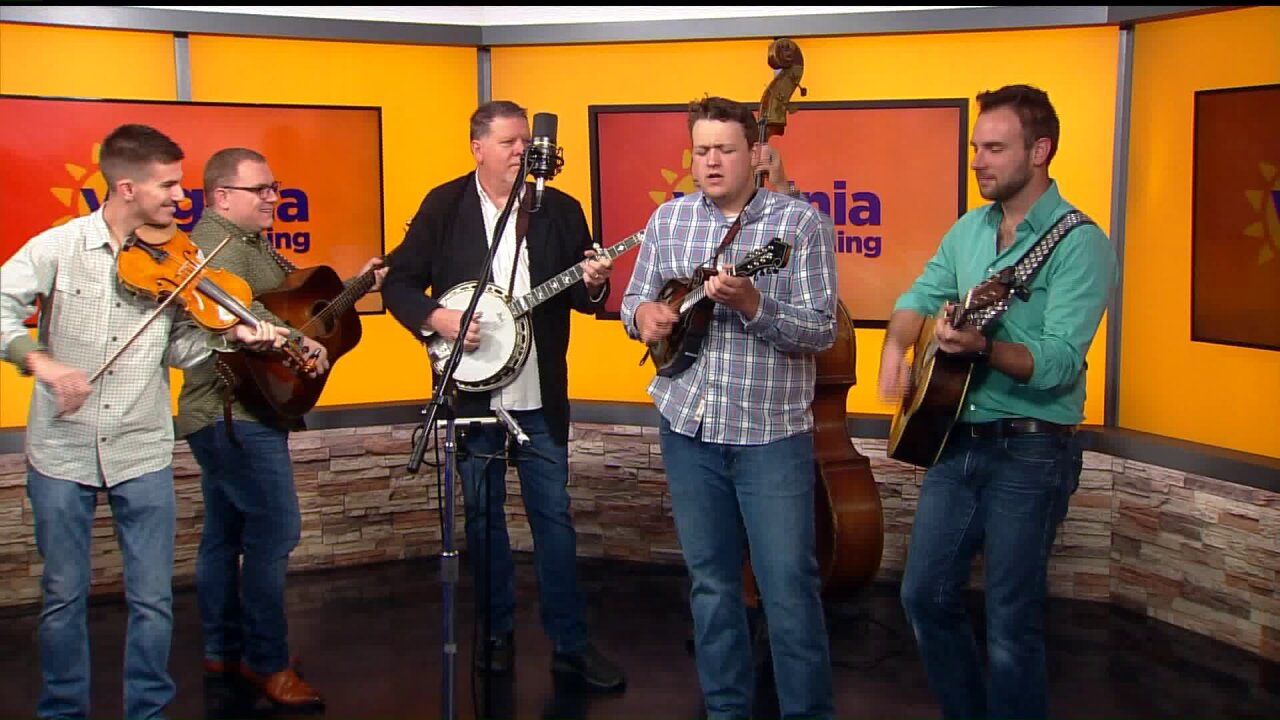 """Sideline"" performs the International Bluegrass Song of the Year"