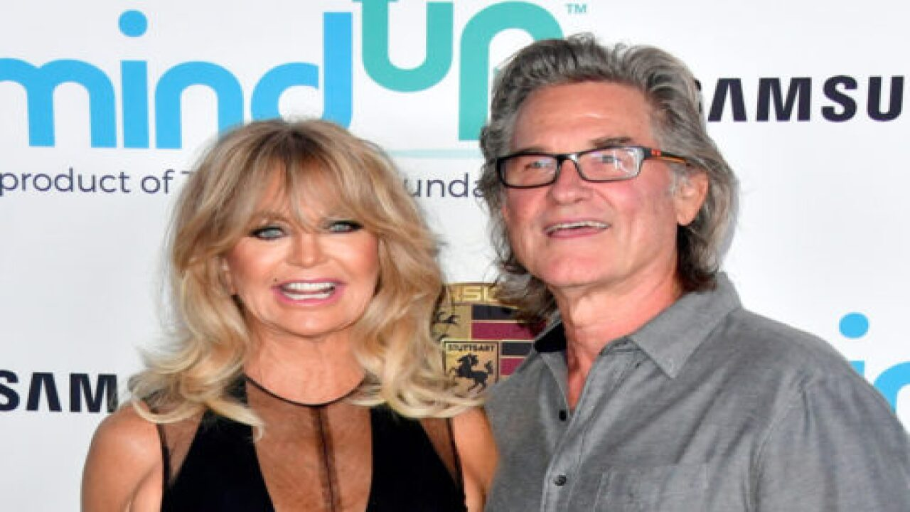 Kurt Russell And Goldie Hawn Are Playing Santa And Mrs. Claus In 'The Christmas Chronicles 2'
