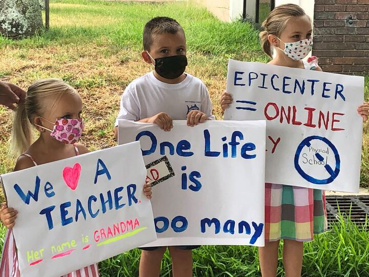 Pinellas teacher protest 6.jpg