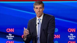 02 Democratic Debate REUTERS TT.jpg