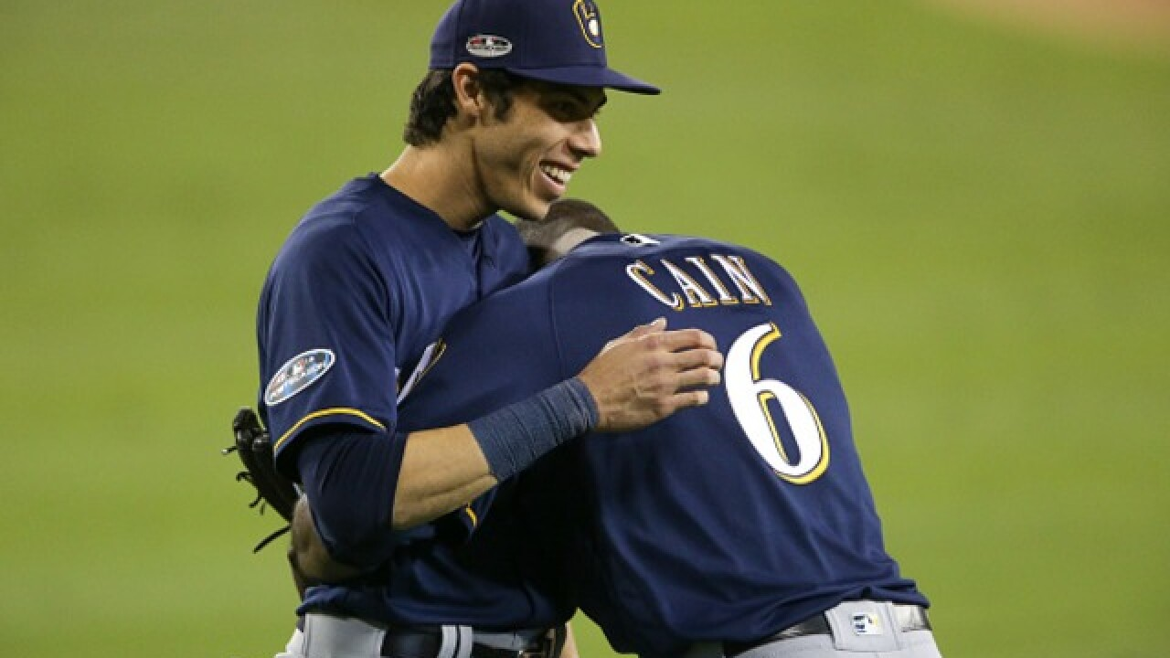 Lorenzo Cain snubbed as Brewers go 0-4 in Gold Glove Awards