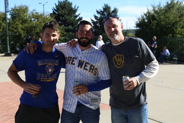 Brewers win Game 1 of the NLDS [PHOTOS]