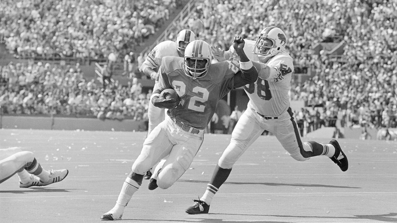 Bills legend Mike Stratton dies at age 78