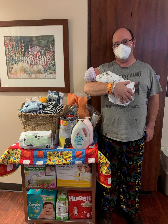 Noah and Lorrin Jacobs HMC First Baby of 2021.jpg