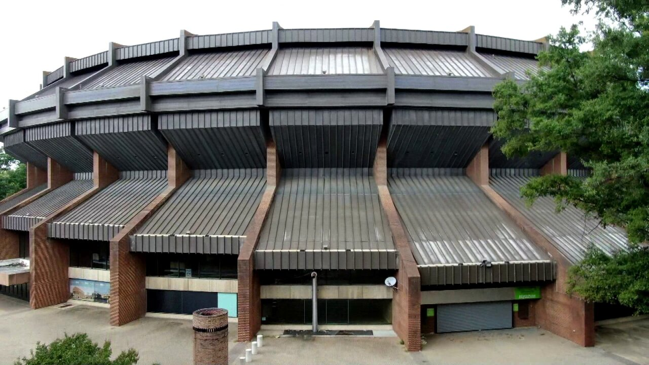 Richmond Coliseum.jpeg
