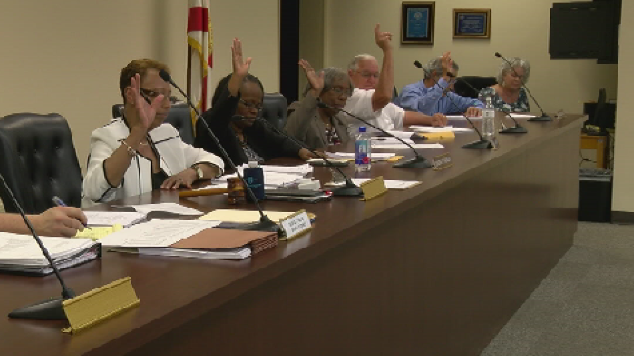 Jefferson County School Board Approves Charter School Contract