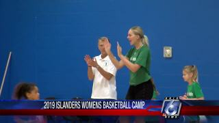 Islanders women' hoops team giving back to community at their summer camp